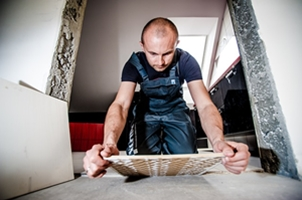 Statybininkas - apdailininkas.
